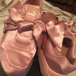 RiRi Fenty by Puma Sayin pink bow sneakers